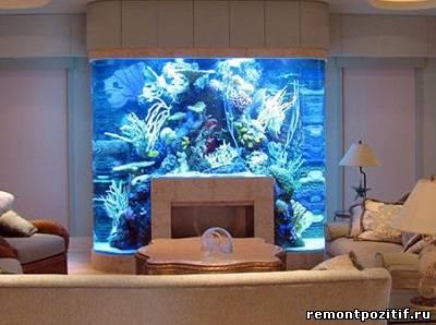 камин с аквариумом в дизайне интерьера