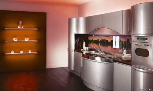 современный дизайн кухни оформленной металлом