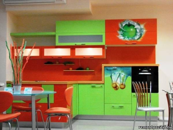 фруктовая мебель на кухне