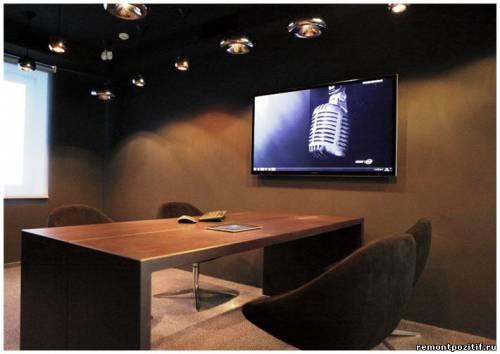 Офис банка переговорная комната Прикосновение