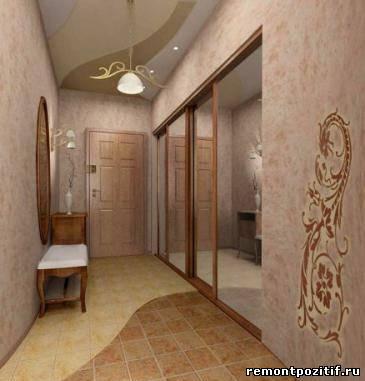 интерьер узкого коридора со шкафом купе