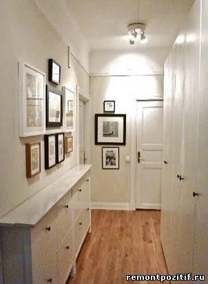 интерьер узкого коридора с фотографиями