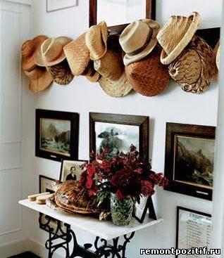 декор из шляп в оформлении стен