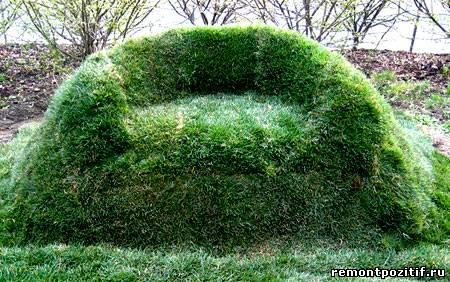 садовая скамейка из дерна