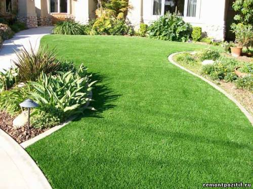 монтеж ландшафтной искусственной травы