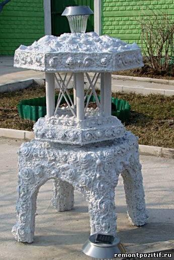 садовый фонарь из монтажной пены
