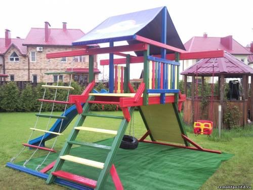 детская площадка на участке
