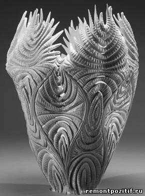 ваза из кружевного фарфора