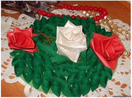 украшение в виде роз