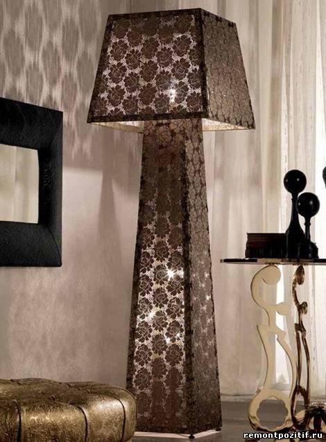 лампа декорированная кружевом