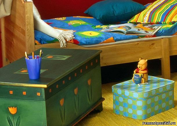 сундук в интерьере детской
