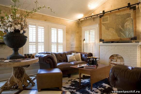 классический интерьер гостиной с телевизором