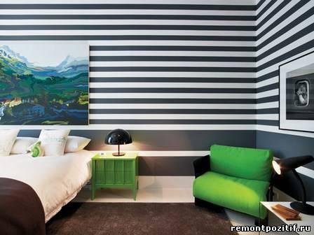 черно белые полоски в интерьер спальни