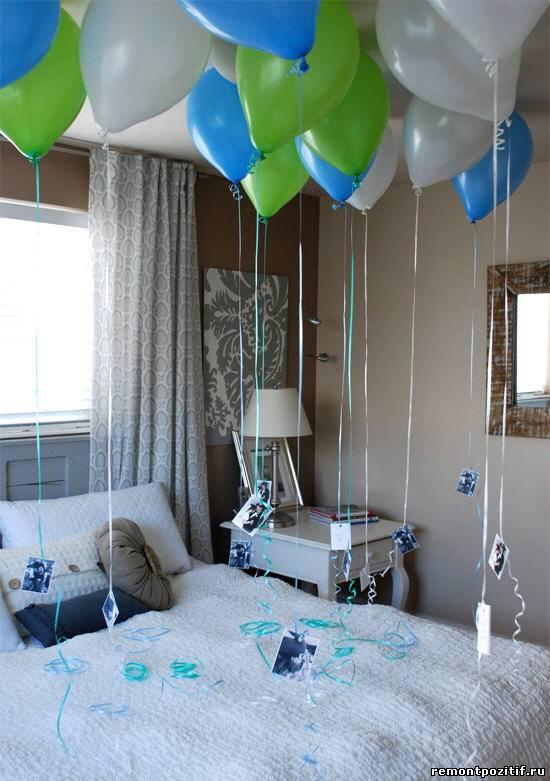 спальня украшенная воздушными шарами