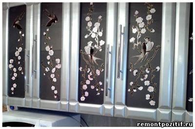 витрины для корпусной мебели